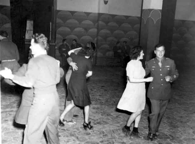 Una festa all'aeroporto di Foggia