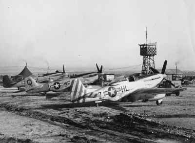 aerei all'aeroporto di Lesina